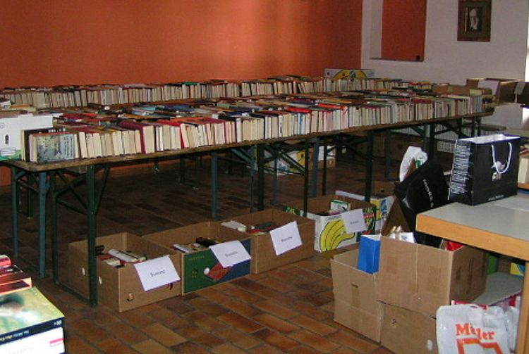 Bücherflohmarkt St. Philippus