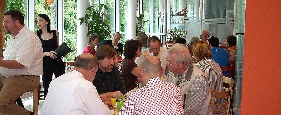 Gemeinsam ob jung oder alt - Gruppen im Pfarrverband Laim© fotolia.de